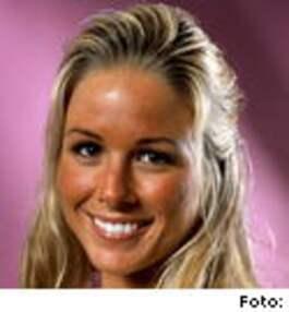 Marie Ljung, 23 år, Göteborg, arbetar i klädesbutik och knäcker extra som modell. 1 Ett avbrott i den trista vardagen. En kul grej och man kan ju träffa den ... - 265