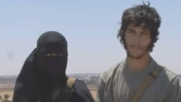 Abu Bakr med sin hustru. Foto: Channel 4