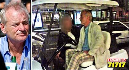 BILL MURRAY OCH GOLFBILEN. Här är Hollywoodstjärnan med en kvinna i passagerarsätet. Några minuter senare togs han av polis.