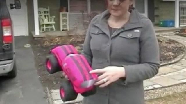 Här är leksaken som Nicole köpte
