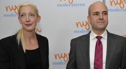 GLADA MINER. För mindre än en månad sedan presenterade Fredrik Reinfeldt Sofia Arkelsten som Moderaternas nya partisekreterare. Nu kan Expressen avslöja att hon låtit sig bjudas på en resa av oljejätten Shell. Foto: Bertil Ericson / Scanpix