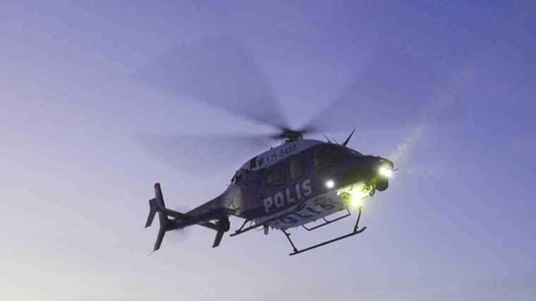 Polisen har hittat såväl spår av kvarlevor som alla delar av flygplanets svarta låda – nu avslutas sökinsatsen. Foto: Patrick Trägårdh