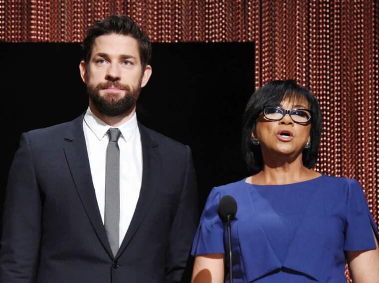 Oscarakademins ordförande Cheryl Boone Isaac, här tillsammans med skådespelaren John Krasinski under nomineringarna. Foto: Jeffrey Mayer
