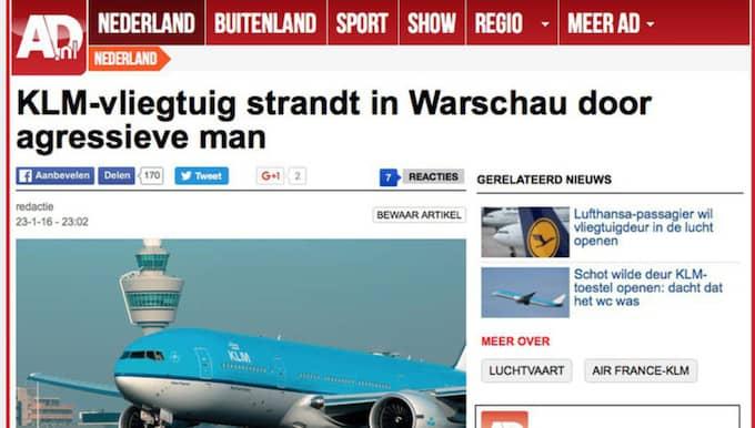 Planet tvingades landa i Warzawa efter att en, enligt uppgit, svensk man försökt öppna flygplansdörren under flygningen. Foto: Skärmavbild/AD.NL