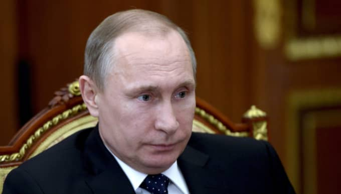 Även oppositionen ska vara öppen för en vapenvila, men på villkoret att Rysslands flygbombningar upphör. På bild Rysslands president Vladimir Putin. Foto: Alexei Nikolsky