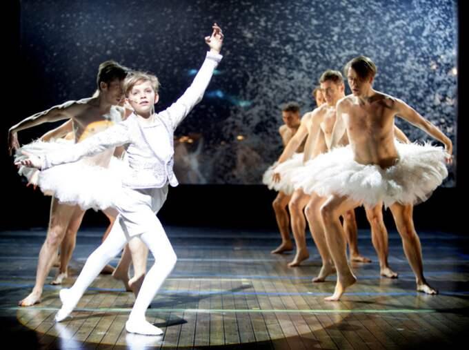 Lever sin dröm. Oliver Lohk är en av tre gossar som gör titelrollen på Malmöoperan. Foto: Malin Arnesson
