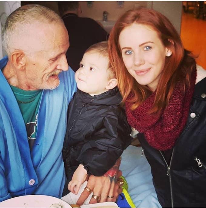 Sanna tillsammans med sin pappa Bo och sonen Emilio.