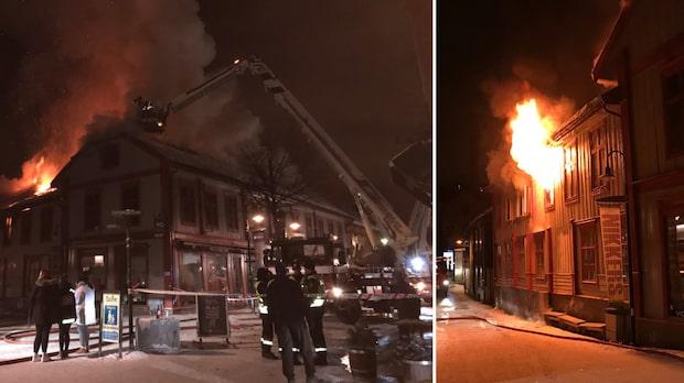 Flera trähus i brand i Lillehammar