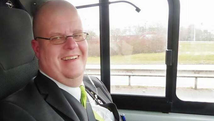Jan von Eichwald, busschaufför i Göteborg sedan 26 år tillbaka, skrev ett Facebook-inlägg, riktat till sina kolleger, med budskapet att inte vara så nitiska. Foto: PRIVAT BILD