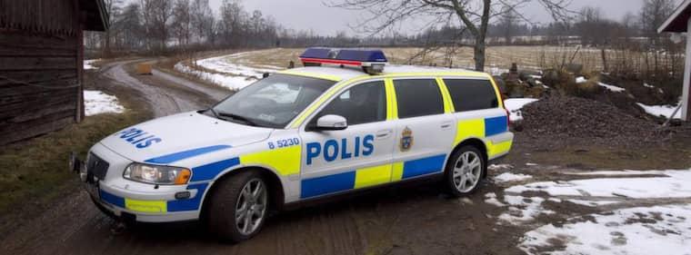 55-åringen ringde till polisen i Lidköping och pratade med polisinspektören. Foto: Sven Lindwall