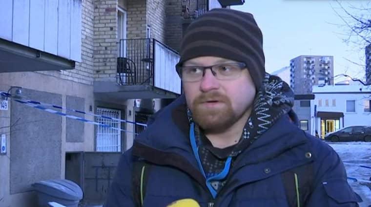 Magnus Hägg bor i huset. Han säger att det såg ut som en krigsfilm.