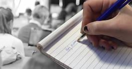 Elevernas uppgift: Att skriva självmordsbrev