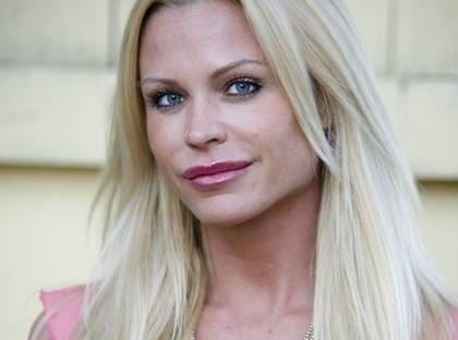 svenska glamourmodeller
