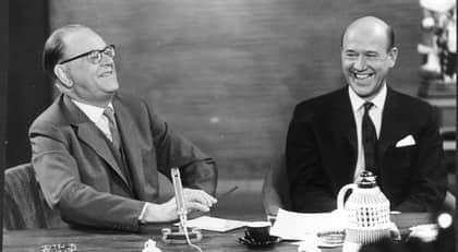 Tage Erlander på besök hos Lennart Hyland 1962, långt före sociala medier förändrade de politiska spelvillkoren. Foto: Lars Nyberg