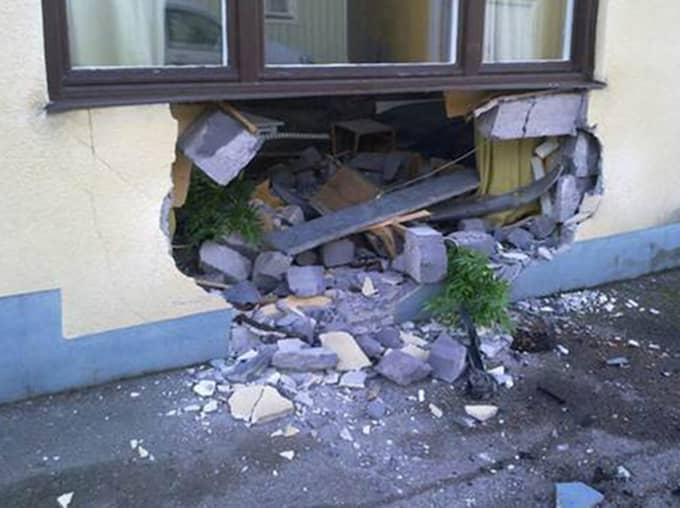 Peter Jansson upptäckte hålet först på morgonen – efter att en granne ringt upp och berättat om hålet. Foto: Privat