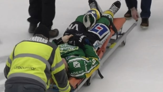 Se brutala tacklingen på Kim Karlsson