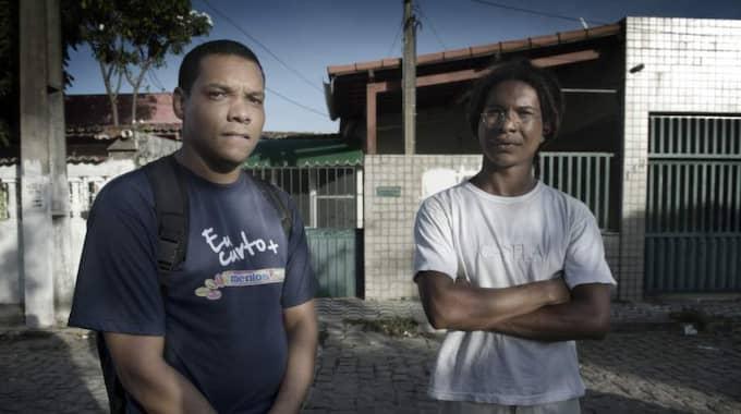 Jonathan och Samuel Castro driver fallet mot den staliga försäljningen av deras hus, som Mühlegg köpt. Foto: Robban Andersson