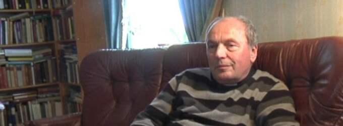 """Expressen avslöjade prästen. Expressen avslöjade i april i år bevisen för att att den svenske prästen och kyrkoherden Aleksander Radler i 24 år spionerat för den östtyska säkerhetstjänsten Stasi under täcknamnet """"Thomas"""". Över 1 000 dokument från Stasis eget arkiv visade hur han angett sina studiekamrater i Östtyskland, och hur han fortsatt att spionera för Stasi i Sverige. Bland annat hade han lämnat detaljerade rapporter till Stasi från sina möten med biskopar. Foto: Jenny Modin"""