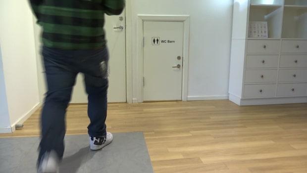 Möbelbutikens ovanliga toalettlösning