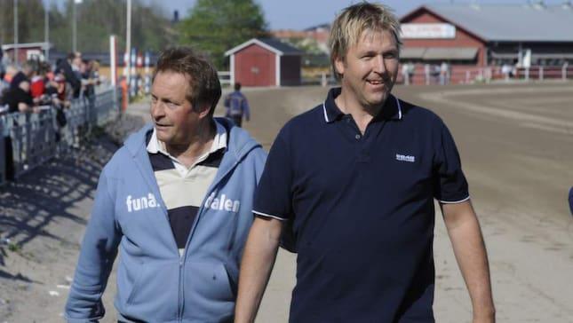 Till stallets stjärna o.p.'s flirt. foto: christer norin/aln