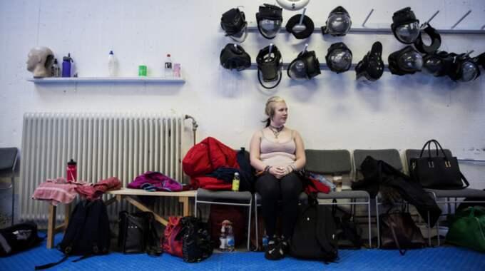 Jannika, 17, från Ekerö blev antastad på väg hem från skolan. Foto: Lisa Mattisson