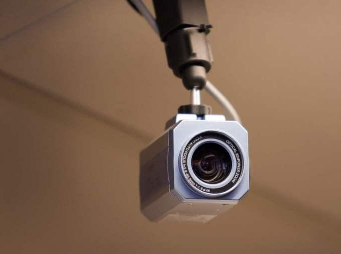 Hoten på akutmottagningarna gör att allt fler kameror sätts upp för att övervaka det som händer. Foto: Sanna Dolck