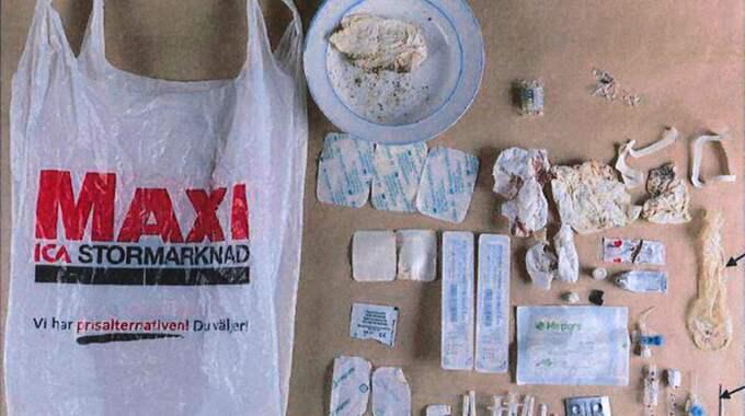 I läkarens bostad, och i bunkern där kvinnan hölls fången, hittades mängder med mediciner och medicinsk utrustning. Foto: Polisen