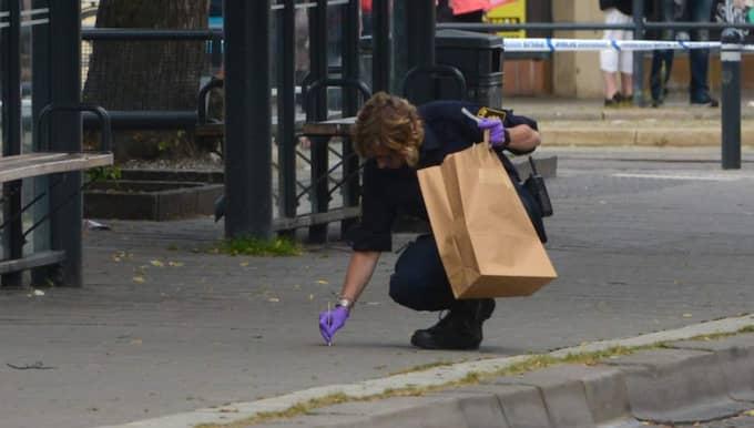 En man är gripen misstänkt för misshandel. Foto: Niklas Luks