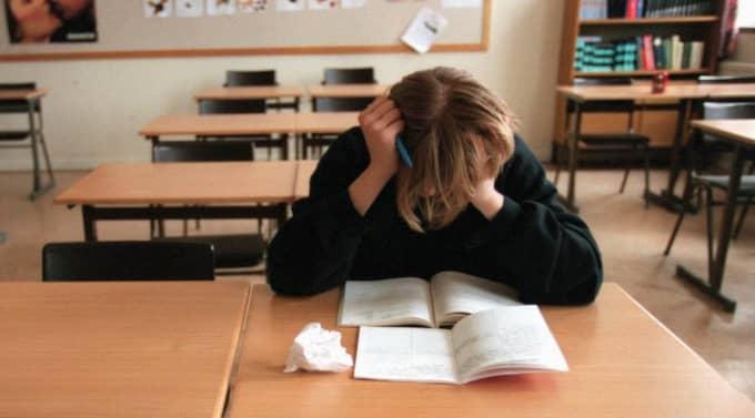 Behöver ökat stöd. En förutsättning för att skolorna med svårare elevunderlag ska ha minsta chans att klara sina uppdrag är att de får betydligt större resurser än medelklassbarnens skolor. Men kommunerna slarvar ofta med kompensationen för socioekonomiska skillnader. Foto: Jörgen Hildebrandt