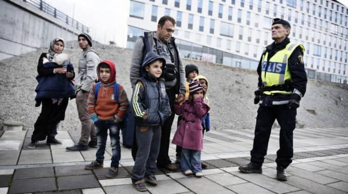 Abdul Alzrak, 41, från Syrien och hans familj var några av dem som blev avhysta från tåget från Köpenhamn till Malmö i november förra året. Foto: Anna-Karin Nilsson