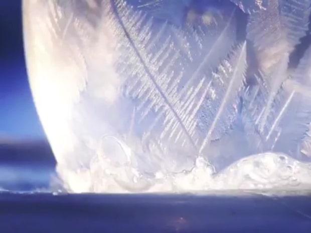 Såpbubblornas förvandling vid 15 minusgrader