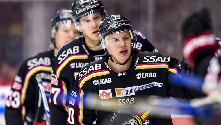 Luleå-spelare firar. Foto: Peter Skaugvold
