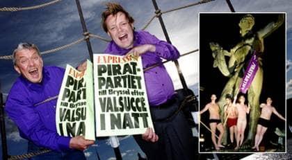 """Festen blev vild. Partiledaren Rick Falkvinge nästan grät av lättnad och glädje. """"Jag är matt, lättad och rörd till tårar, sa han till Expressen efter att segern var klar. I Göteborg kastade piraterna kläderna vid Poseidon-statyn på Götaplatsen. Foto: Magnus Jönsson och Kamerapress"""