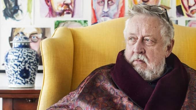 Leif GW Persson berättar att Sven Melander var en av de vänner som ställde upp under den svåra tiden. Foto: Simon Hastegård