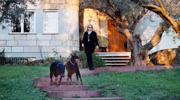 Anita Ekbergs hem i Genzanos sluttningar söder om Rom ska säljas. Hennes önskan om att omvandla huset till ett äldreboende har fått avslag från de italienska myndigheterna. Foto: Lasse Svensson