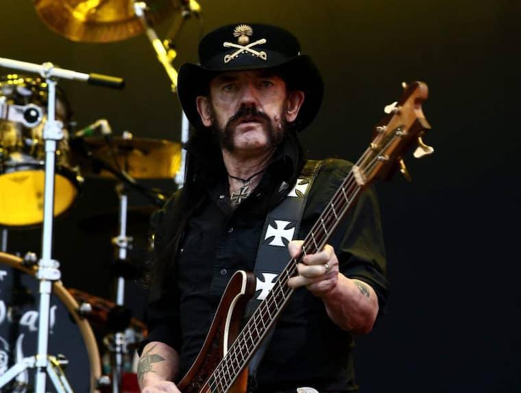 """Last night Ian """"Lemmy"""" Kilmister, iconic frontman of heavy metal powerhouse Motörhead, passed away aged 70. Foto: Jeon Heon-Kyun / Epa / Tt"""