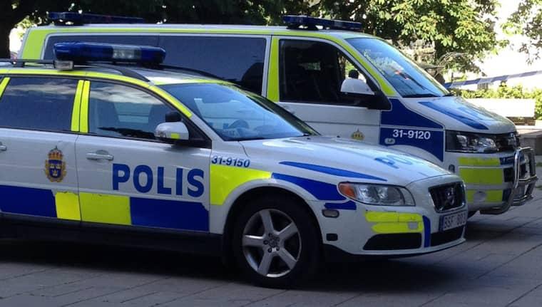 Tre unga kvinnor har häktats, misstänkta för att ha rövat bort en 25-årig kvinna i Kortedala i Göteborg. Bilden är tagen vid ett annat tillfälle. Foto: Robin Isaksson/Piniro