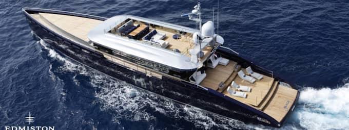 LUSTYACHTEN. Hit – till Oleg Boykos 44 meter långa lyxyacht – går de svenska smslånetagarnas räntor. yachten kostade 170 miljoner kronor.