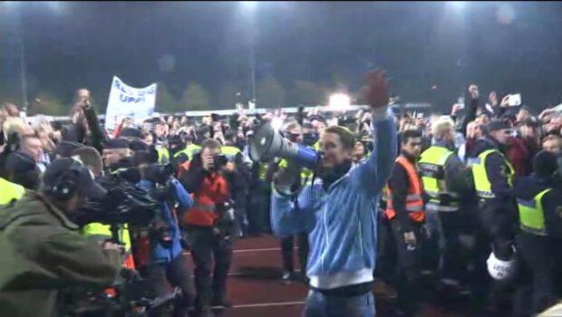 Här dansar kapten Rosenberg igång fansen