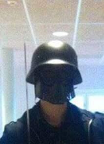 Anton Lundin Pettersson, 21, tog sig maskerad in på Kronans skola. Foto: Privat