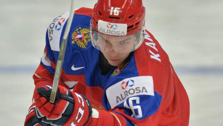 Ryske lagkaptenen Vladislav Kamenev fick matchstraff efter utbrottet i samband med Finlands 3-2-mål. Foto: Alexey Kudenko