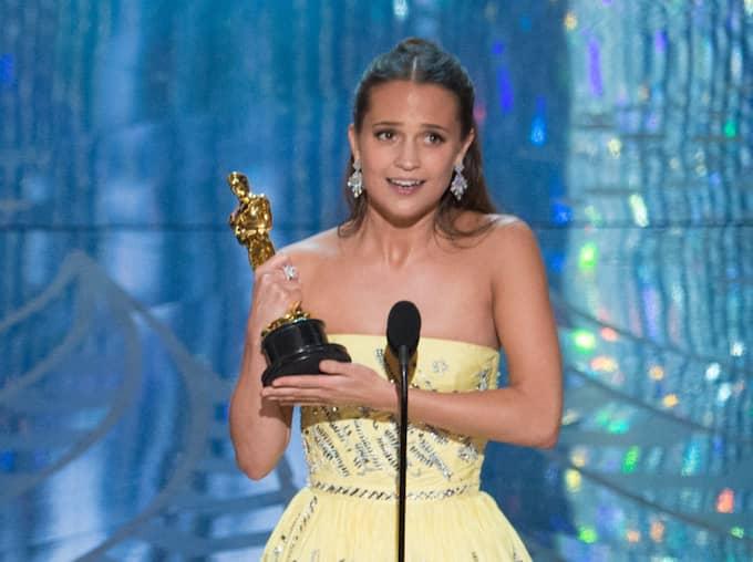"""Alicia Vikander vanne n Oscar för sin roll i """"The danish girl"""". Foto: Rex/Shutterstock"""