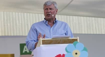 Lars Ohly talar i Almedalen. Foto: Cornelia Nordström
