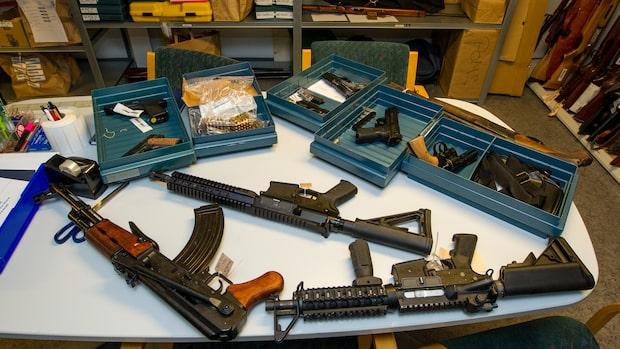 Hundratals vapen smugglas till Malmö
