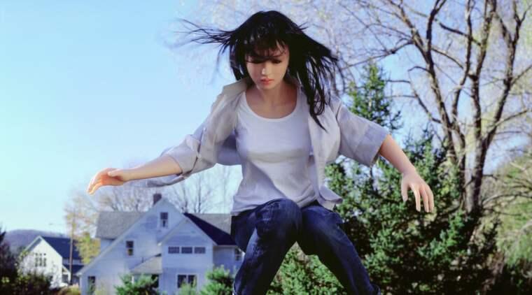 Docksåpa. En japansk sexdocka spelar en av huvudrollerna i den amerikanska konstnären Laurie Simmons utställning på Göteborgs konstmuseum. The Love Doll, Day 25. The Jump.
