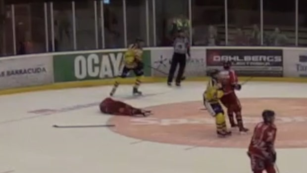 Överfall i matchen mellan hockeyallsvenskans nykomlingar