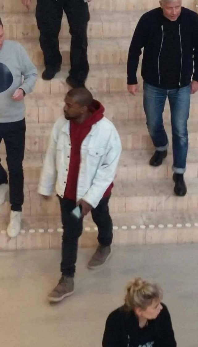 Kanye West på Ikea i Älmhult Foto: Läsarbild
