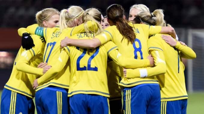Sverige jublar efter 1-0 Foto: Carl Sandin