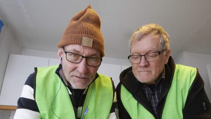"""Tore Christensson, till vänster, har varit operativ chef för Missing people i sökandet efter Bengt. """"Det är ett mycket svårt fall eftersom det finns så få tips och ledtrådar"""". Till höger Rune Wellsten, också i Missing people Foto: Stefan Lindblom/ Hbg-Bild"""