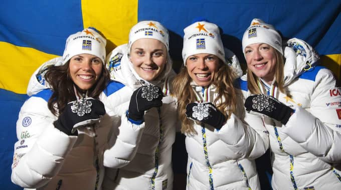 Silverlaget från VM i Falun med Maria Rydqvist näst längst till höger. Foto: Nils Petter Nilsson